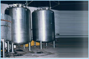 Chemical Mixing / Storage Tanks