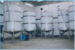 Sugar Syrup Tanks / Mixing Tanks capacity upto 25000 Ltr